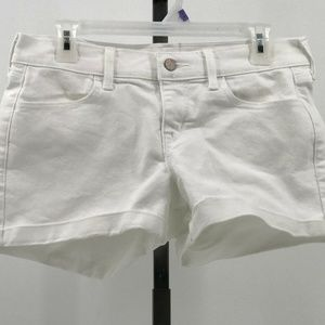 Old Navy semi fitted jean shorts sz 6 reg